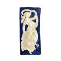 Placa griega mujer